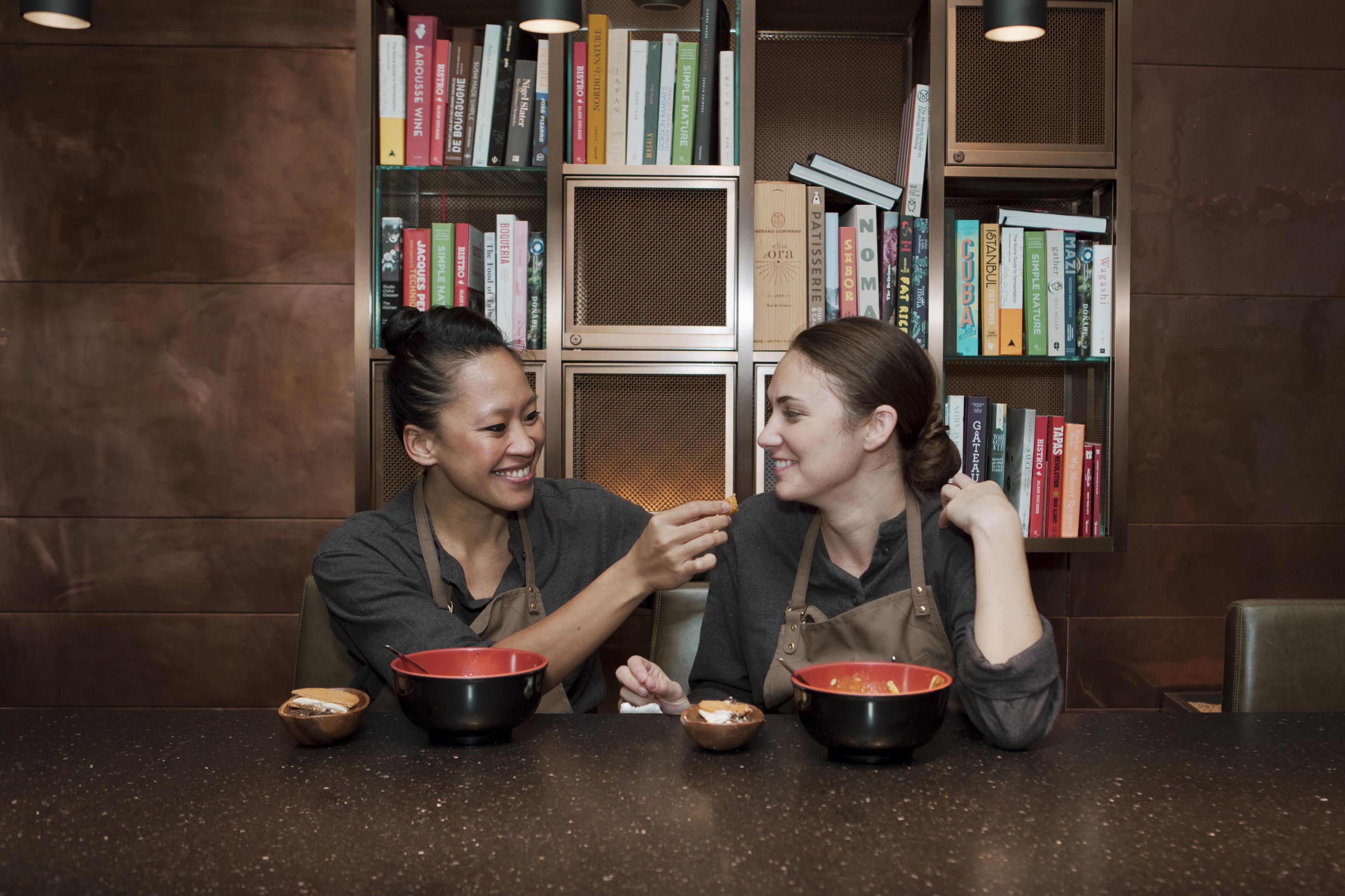 添加愛滋味的在地鮮饗宴,Chefs Club Taipei女同志情侶主廚Aisha與Samantha:我們的風格無法定義