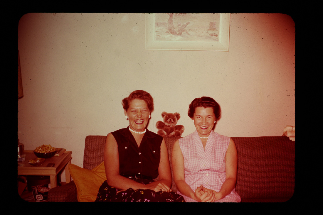 相愛一輩子,隱瞞65年,《不能見光的愛》紀錄女同志動人愛情