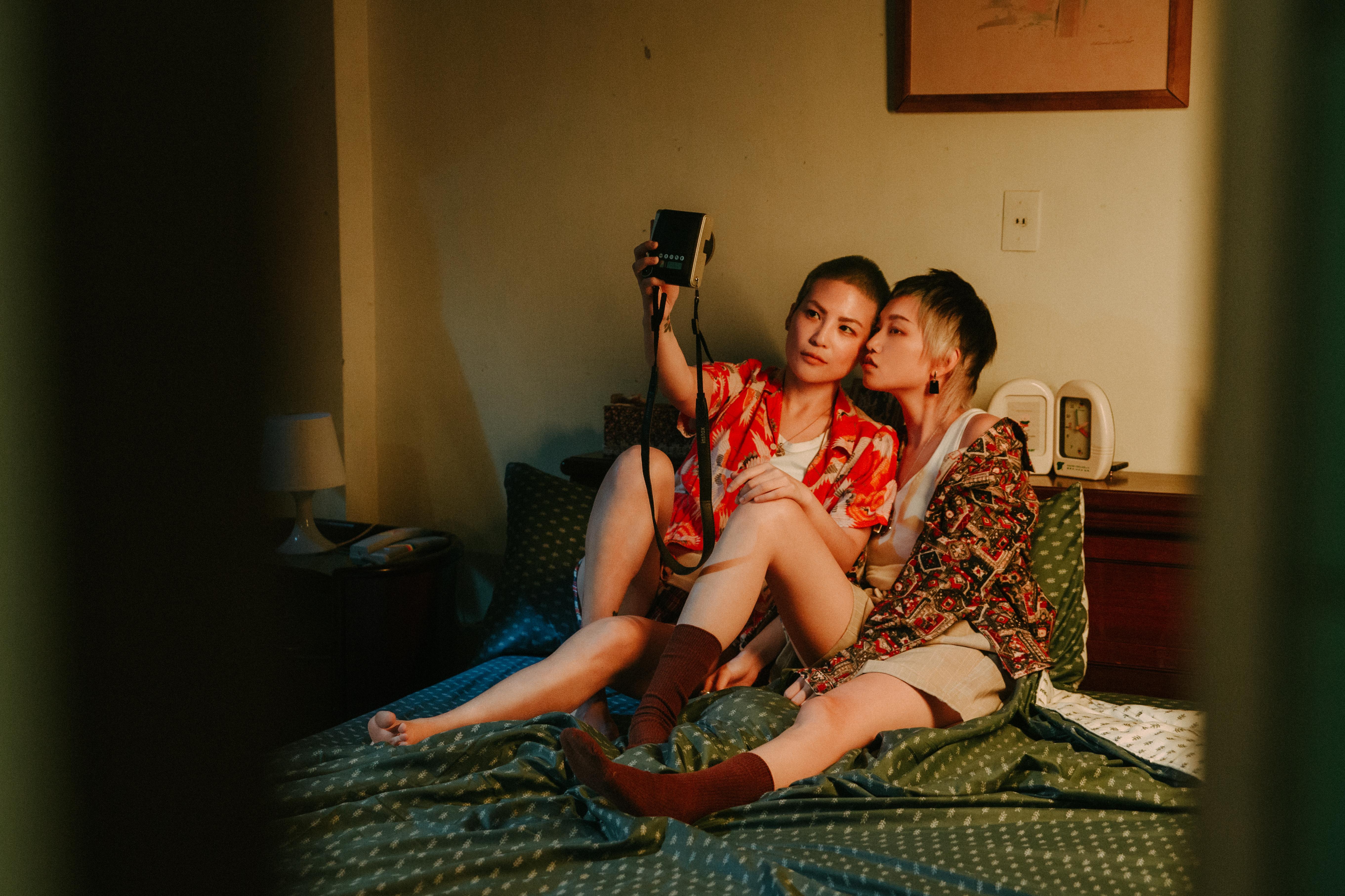 以影像展現同志情慾與故事─專訪攝影創作者Kat