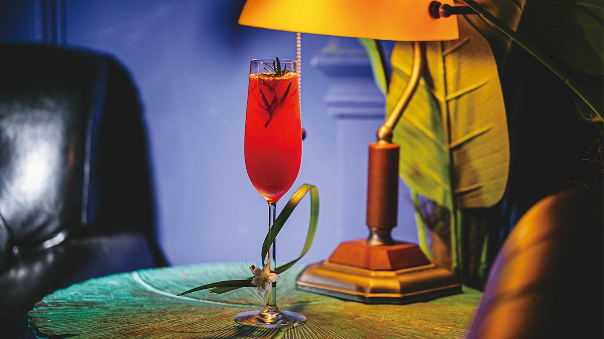 夏日微醺調酒之三-如夢幻泡影,不願醒來的夏日玫瑰夢