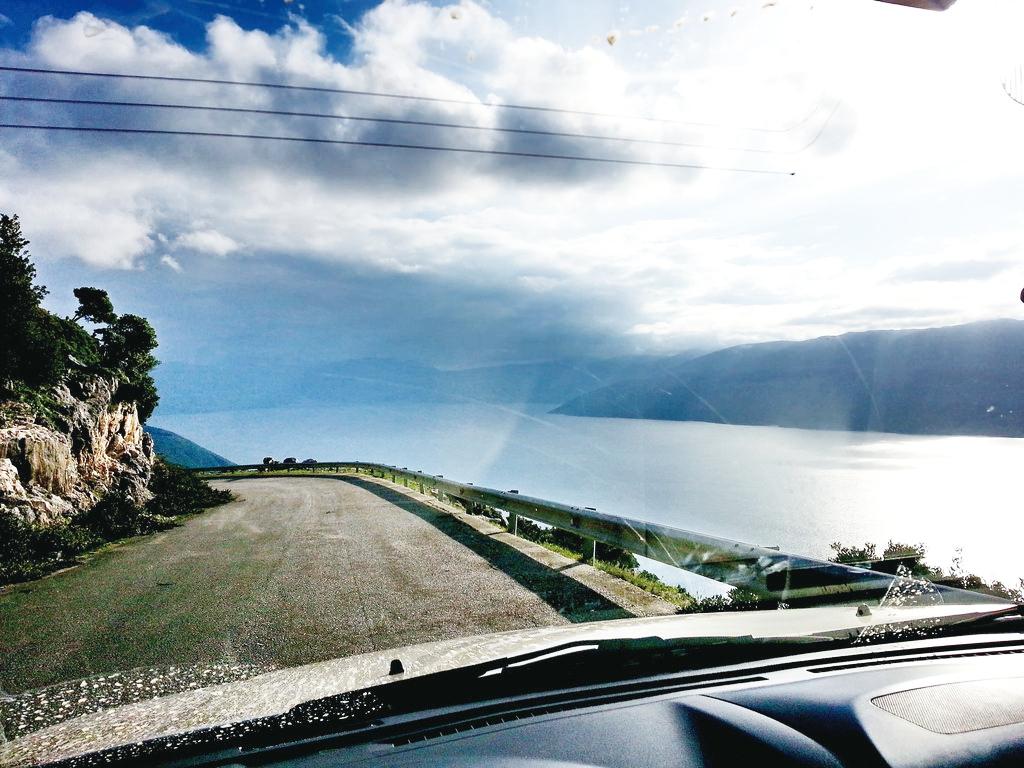 前往伊薩卡島的神奇旅行